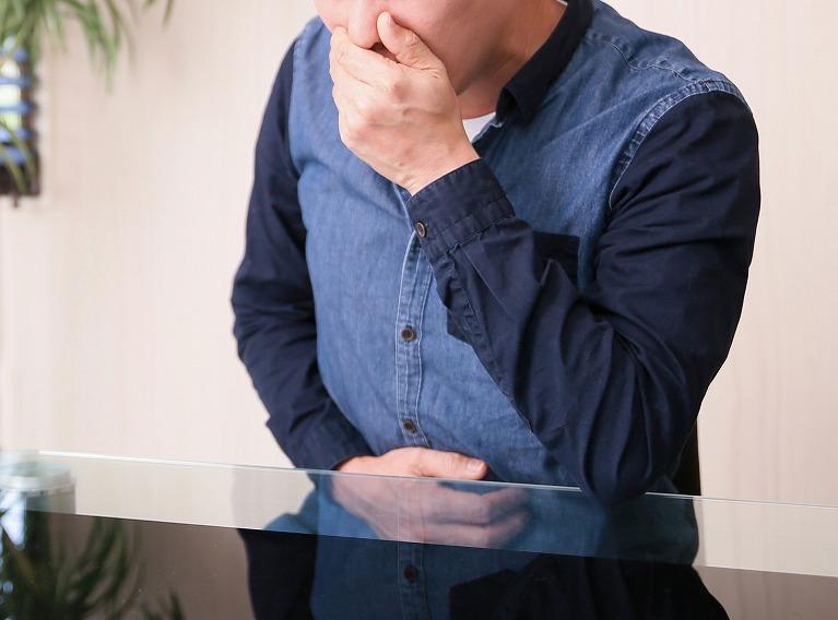 逆流性食道炎と胃食道逆流症(GERD)